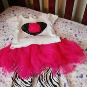 Other - Gently used baby girl 6 month lil diva outfit